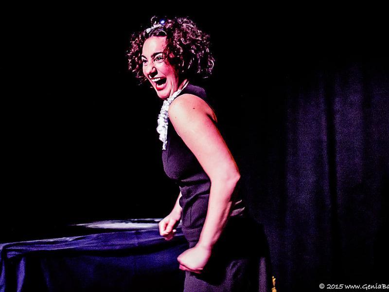 Marta Renyer porta el seu 'El Gran Cabaret d'Elvira' a La Circoteca